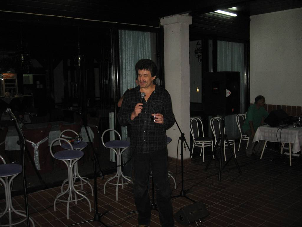 bw2011-30-49